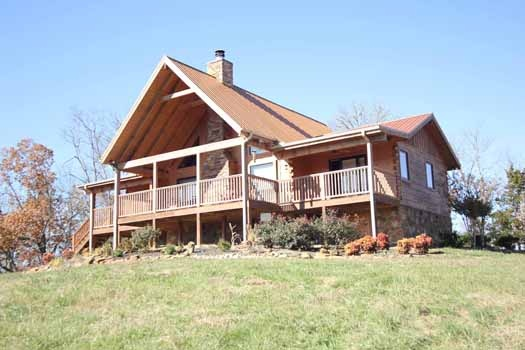 two story log home called cedar creeks a 2 bedroom cabin rental located in douglas lake