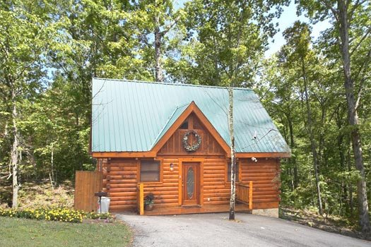 Gettin' Lucky, a 1-bedroom cabin rental located in Gatlinburg