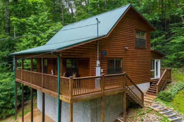 Time to Pause, a 2 bedroom cabin rental located in Pigeon Forge