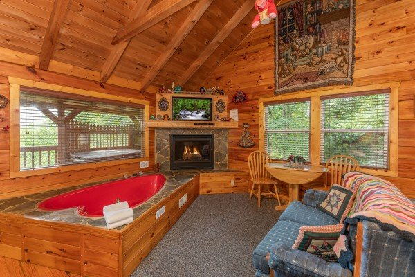 Miraculous Loving You A Pigeon Forge Cabin Rental Home Interior And Landscaping Analalmasignezvosmurscom