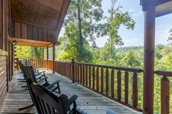 Bear O'clock Somewhere, a 5 bedroom cabin rental located in Pigeon Forge