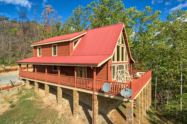 Looking back at the cabin at Mountain Wonderland, a 3 bedroom cabin rental located in Pigeon Forge