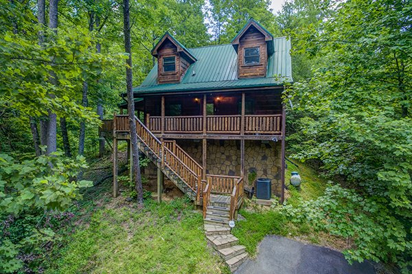 True Love, a 1 bedroom cabin rental located in Gatlinburg