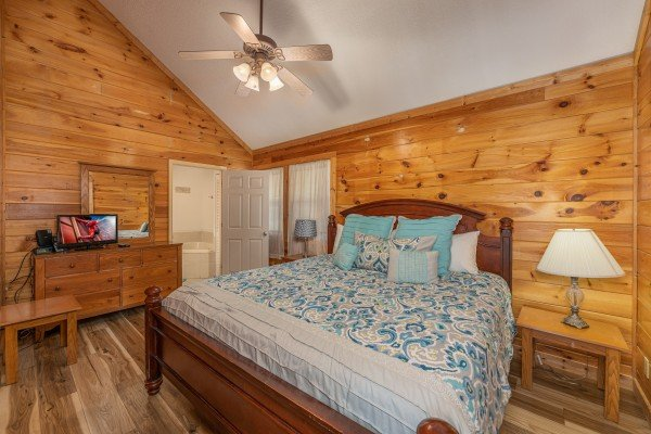 King bedroom at Bear it All, a 2 bedroom cabin rental located in Sevierville