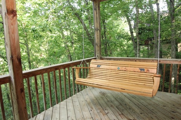 deck at just hanging out a 3 bedroom cabin rental located in pigeon forge