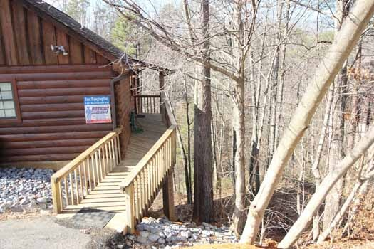 ramp from parking to front door at just hanging out a 3 bedroom cabin rental located in pigeon forge