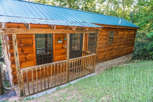 Boogie Bear, a 1-bedroom cabin rental located in Gatlinburg