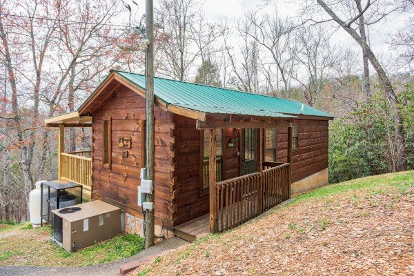 Exterior of the cabin from the entrance at Boogie Bear, a 1-bedroom cabin rental located in Gatlinburg
