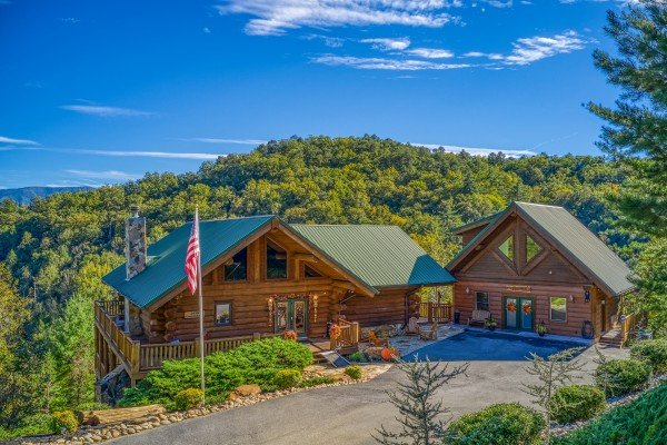 Great View Lodge, a 5-bedroom cabin rental located in Pigeon Forge