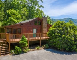 Secluded Pigeon Forge Cabins| American Patriot Getaways