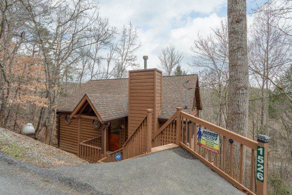 Fowl Play, a 1 bedroom cabin rental located in Pigeon Forge