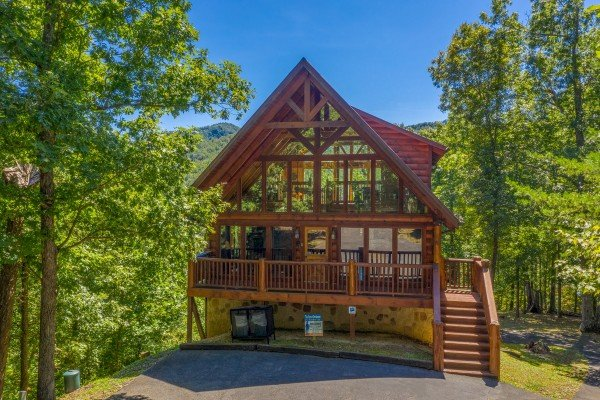 The Great Outdoors, a 3 bedroom cabin rental located in Pigeon Forge