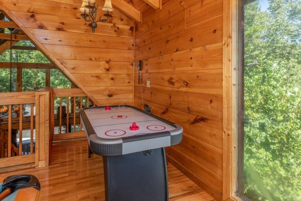 Air hockey table at The Great Outdoors, a 3 bedroom cabin rental located in Pigeon Forge