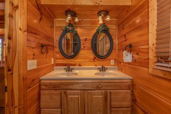 Double vanity in the bathroom at The Great Outdoors, a 3 bedroom cabin rental located in Pigeon Forge