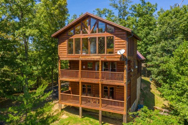 Rear exterior at The Great Outdoors, a 3 bedroom cabin rental located in Pigeon Forge