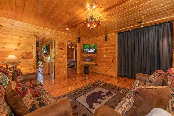 Theater room at The Great Outdoors, a 3 bedroom cabin rental located in Pigeon Forge