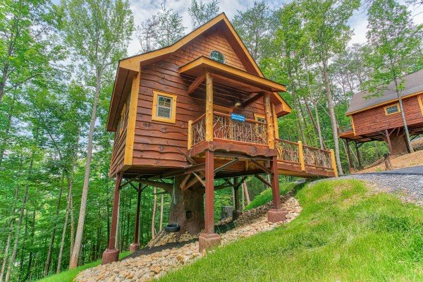 Pigeon Forge Treehouse, a 1 bedroom cabin rental located in Pigeon Forge