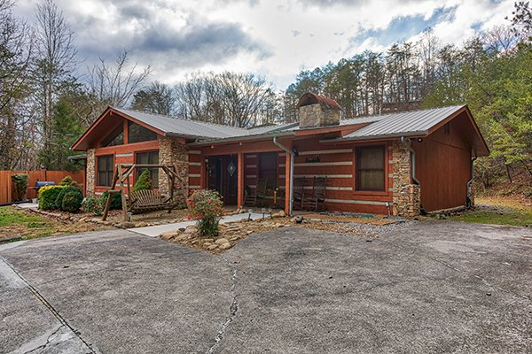 Rustic Ranch, a 2 bedroom cabin rental located in Pigeon Forge