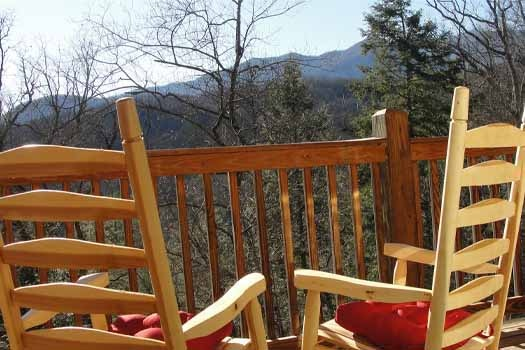 upper level deck rockers at tranquil view a 1 bedroom cabin rental located in gatlinburg