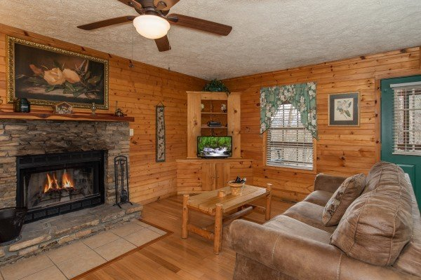 at hideaway a 1 bedroom cabin rental located in pigeon forge