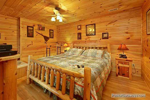 King bedroom with jacuzzi tub at Paradise View, a 1 bedroom cabin rental located in Pigeon Forge