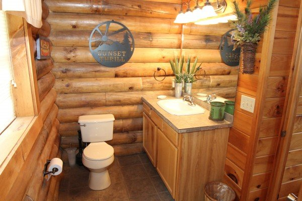 bathroom at alpine sunset thrill a 1 bedroom cabin rental located in pigeon forge