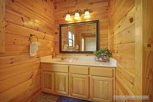 Guest bath at Winter Wonderland, a 3 bedroom cabin rental located in Pigeon Forge