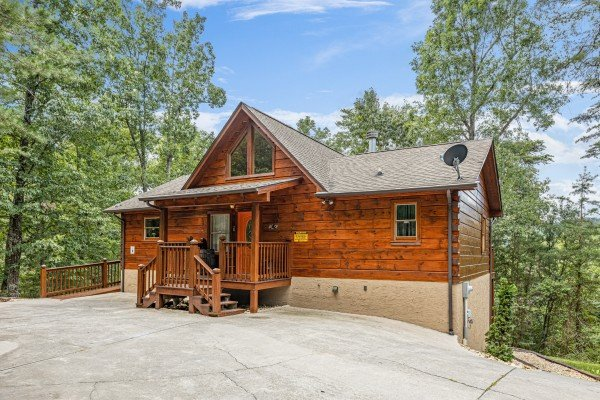 Wildlife Retreat, a 3 bedroom cabin rental located in Pigeon Forge