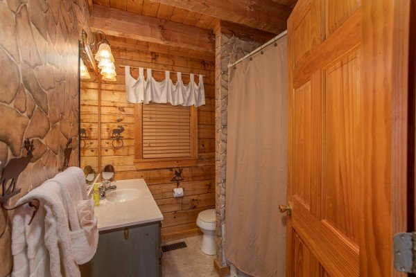 Bathroom at Cabin in the Clouds, a 3-bedroom cabin rental located in Pigeon Forge