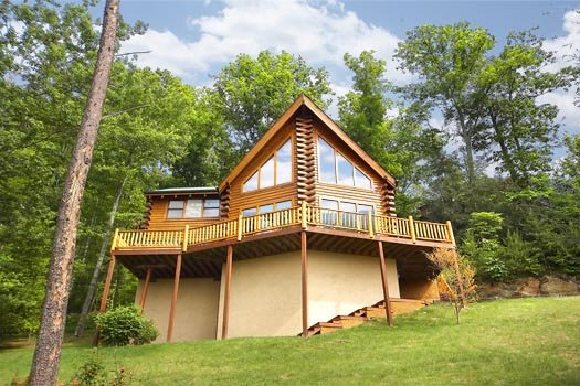 exterior back view at the original american dream a 2 bedroom cabin rental located in gatlinburg
