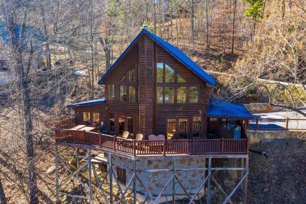 Hatcher Mountain Retreat a 2 bedroom cabin rental located in Pigeon Forge