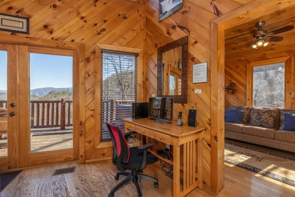 Writing desk at Hatcher Mountain Retreat a 2 bedroom cabin rental located in Pigeon Forge
