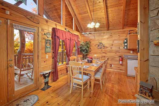 Dining table for six at Fishin' Hole, a 1-bedroom cabin rental located in Gatlinburg