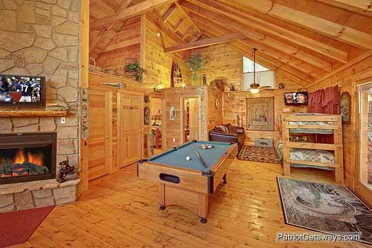 Green felted pool table at Fishin' Hole, a 1-bedroom cabin rental located in Gatlinburg