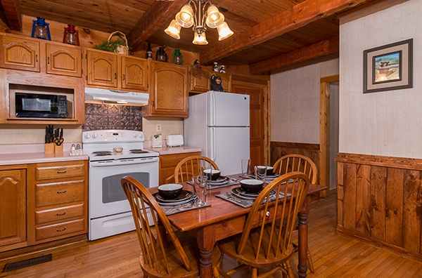 at little bear a 1 bedroom cabin rental located in pigeon forge