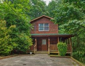 Secluded Gatlinburg Cabins| American Patriot Getaways