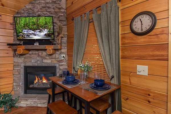 Dining space for three at Gentleman Jack's, a 3-bedroom cabin rental located in Gatlinburg