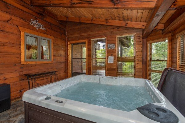 Livin' Lodge - A Pigeon Forge Cabin Rental
