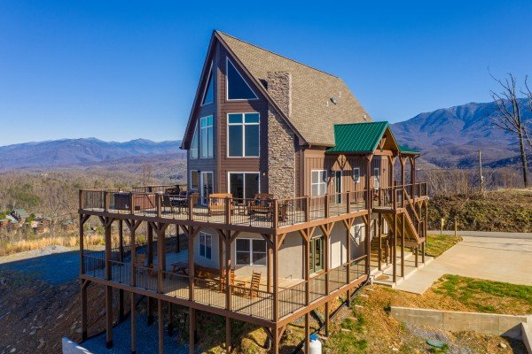 at the best view a 5 bedroom cabin rental located in gatlinburg