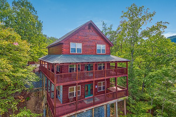 Looking back at the cabin at Pigeon Forge View, a 6 bedroom cabin rental located in Pigeon Forge