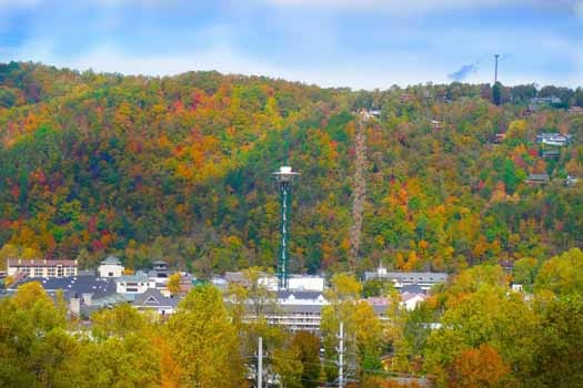 autumn view of gatlinburg at night lights lodge a 7 bedroom cabin rental located in gatlinburg