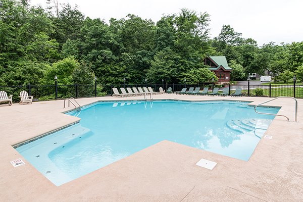 Resort pool at Smoky Cove at Bearfoot Paradise, a 3-bedroom cabin rental located in Pigeon Forge