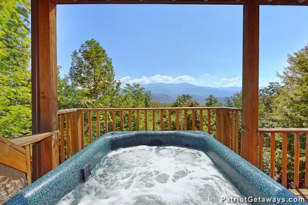 at blue yonder a 3 bedroom cabin rental located in gatlinburg