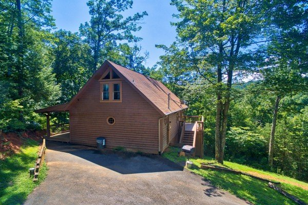 exterior with flat parking pad at almost heaven a 1 bedroom cabin rental located in pigeon forge