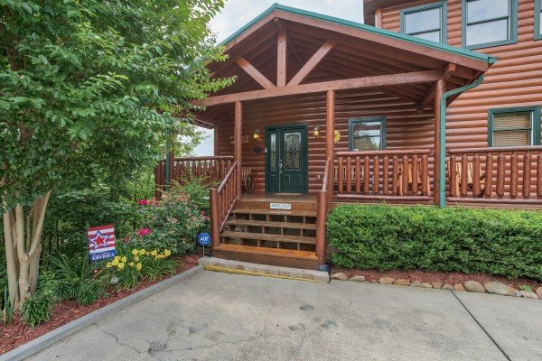 at horse'n around a 3 bedroom cabin rental located in pigeon forge
