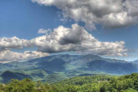 smoky mountains view at second glance a 3 bedroom cabin rental located in gatlinburg