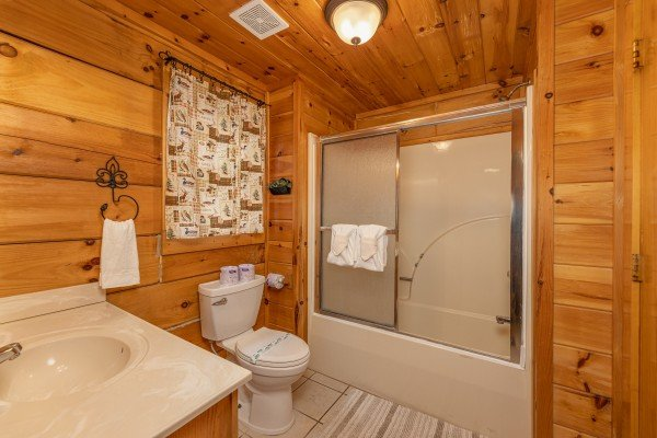at fox ridge a 3 bedroom cabin rental located in pigeon forge