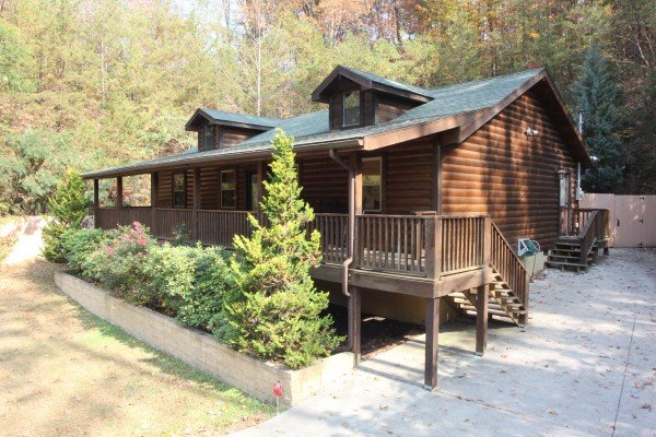 Rustic Romance, a 2 bedroom cabin rental located in Pigeon Forge