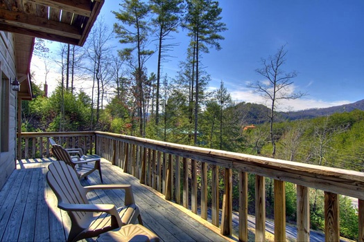 Mountain views of the smokies from the Cabin on the Hill, a 1-bedroom cabin rental located in Pigeon Forge
