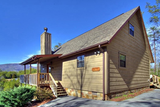 Paved parking around Cabin on the Hill, a 1-bedroom cabin rental located in Pigeon Forge